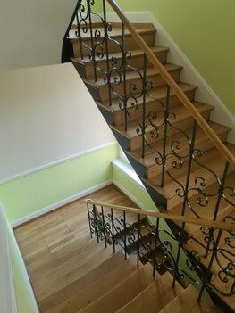 Abbildung 3 Treppenhaus saniert