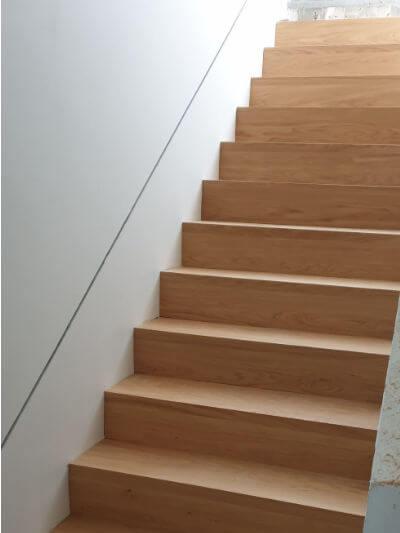 Treppe Eiche saniert